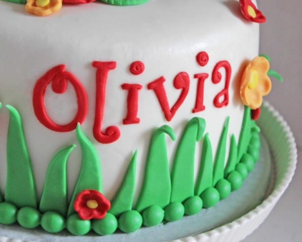 торт украшенный жемчугом